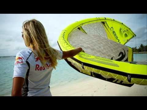 World of Red Bull - Red Bull Maldives Susi Mai Bungalow Jump