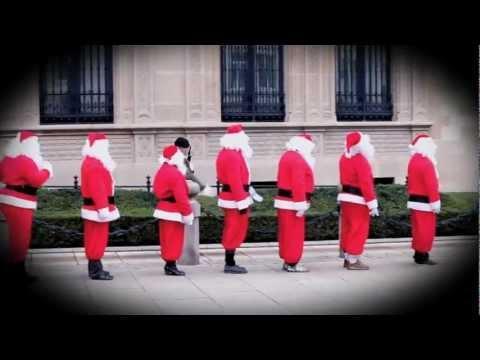 Christmas Time in Luxembourg - Les pères noël au palais grand-ducal