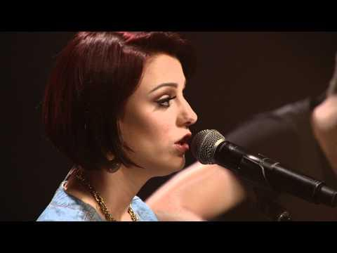 Cher Lloyd - Want U Back (AOL Sessions)