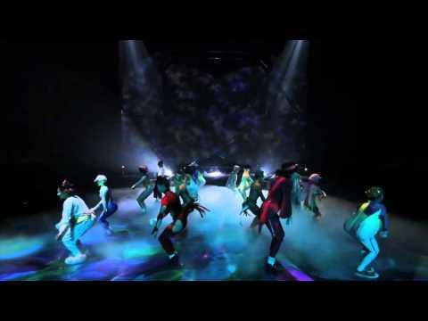 Cirque Du Soleil - Michael Jackson Tribute Performance by Employees of Mystère from Cirque du Soleil