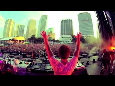 Fedde le Grand - Nicky Romero ft. Matthew Koma - Sparks Live at UMF Miami 2012 (Official Video)