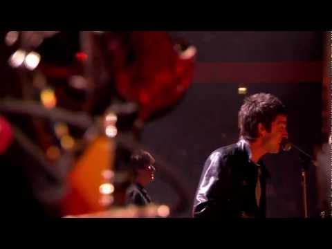 AKA - What A Life (Live at BRIT Awards 2012)