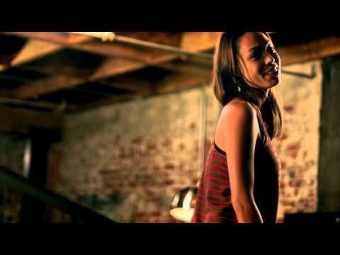 Raphael Saadiq - Movin' Down The Line (Don't You Go Away)