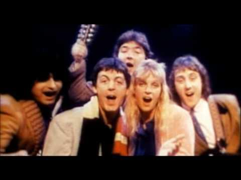Paul McCartney & Wings - Wonderful Christmas Time