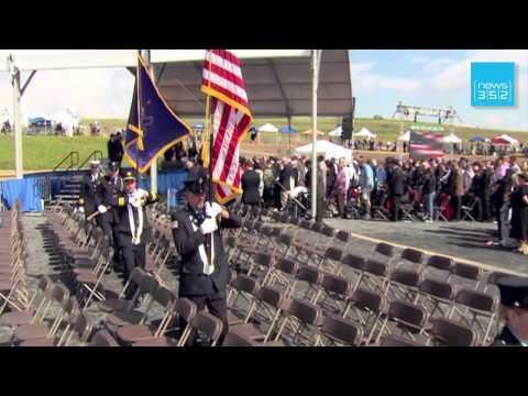 New York - Americans reunite on moving 9/11 anniversary