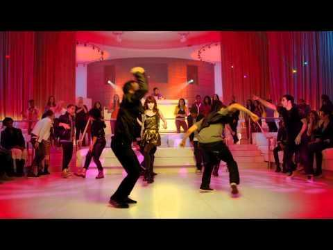 Zendaya and Bella Thorne - Something To Dance For/TTYLXOX (Mash Up)