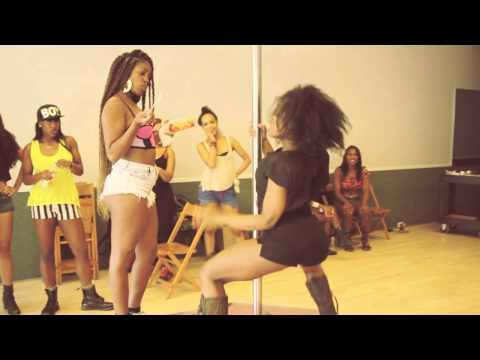 Sean Paul - Entertainment ft. Juicy J & 2 Chainz [Twerk Audition Video]