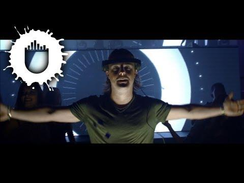 Axwell - Center Of The Universe (Official Video)