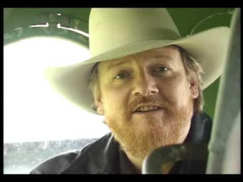 Buffalo C Wayne - Hooked on a Redneck Girl