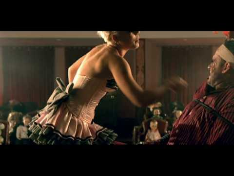 P!nk - Please Don't Leave Me