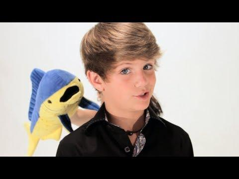 MattyBRaps - Robin Thicke - Blurred Lines ft. T.I., Pharrell (MattyBRaps Cover)