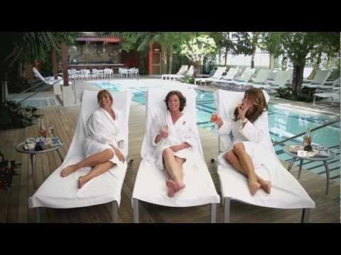 Countess Luann - Chic, C'est La Vie (Official Video)