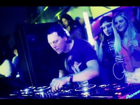 Tiësto - At LIV Fontainebleau: Miami Music Week 2012