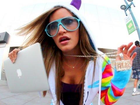 ijustine - Mac City
