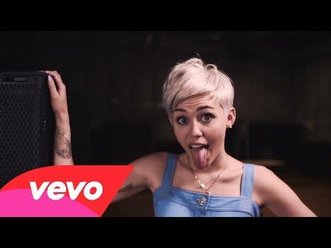 Miley Cyrus - Bangerz (VEVO Tour Exposed)