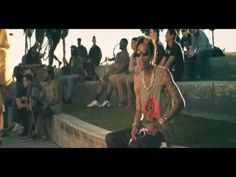 Wiz Khalifa - Wiz Khalifa - Roll Up [Official Music Video]