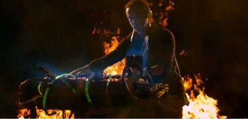 David Guetta - Clip Just One Last Time feat. Taped Rai