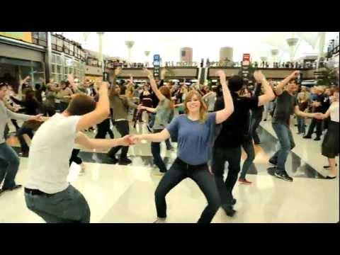 Flash Mob - Denver Airport Holiday Flash Mob