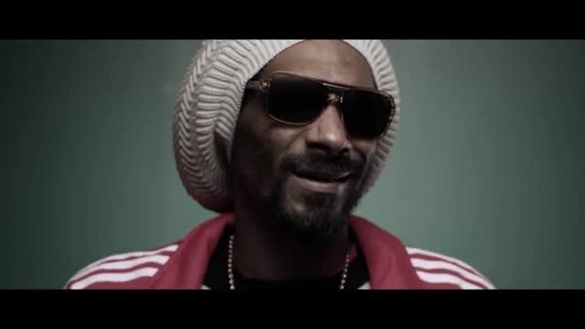 Snoop Dogg - Smoke The Weed (feat. Collie Buddz)