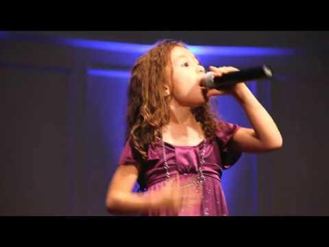Rhema Marvanne - The First Noel - 7yr old Rhema Marvanne - plz