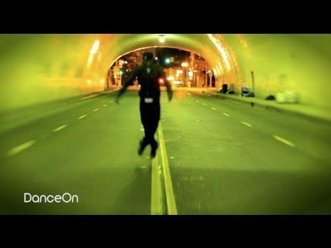 Lil Buck - Dance in Tunnel to LYNX
