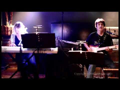 4paradisemusic - Oye como va (Santana) cover Paradise