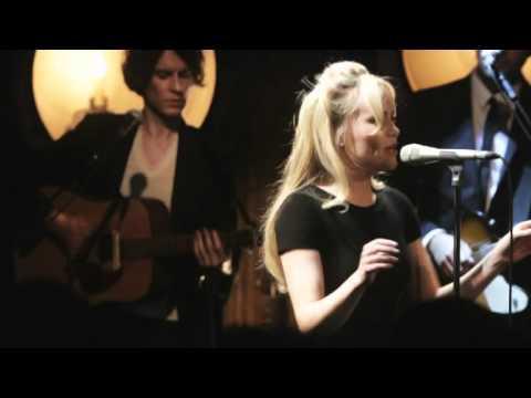 Duffy - Duffy - Well, Well, Well (Live at Café de Paris, 2010)