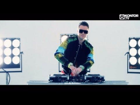 Rene Rodrigezz - Shake 3x . vs DJ Antoine feat. MC Yankoo -(2K12 Radio Edit) (Official Video HD)