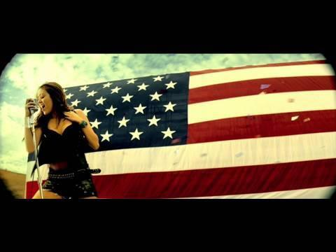 Miley Cyrus - Miley Cyrus - Party In The U.S.A.