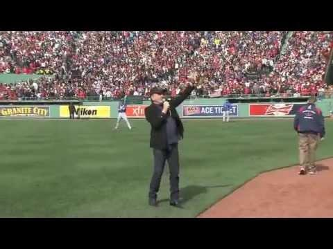 Neil Diamond - Singing Sweet Caroline In FenWay Park 4/20/13