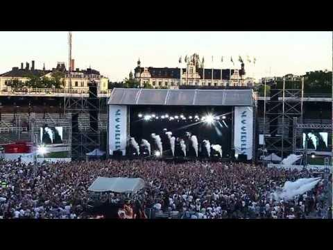 A V I C I I - AT NIGHT presents AVICII @ SUMMERBURST, SWEDEN- FADE INTO DARKNESS & LEVELS