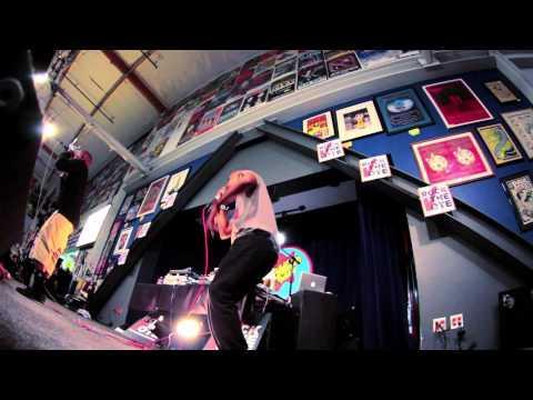 Follow Murs & Fashawn - On Album Release Day