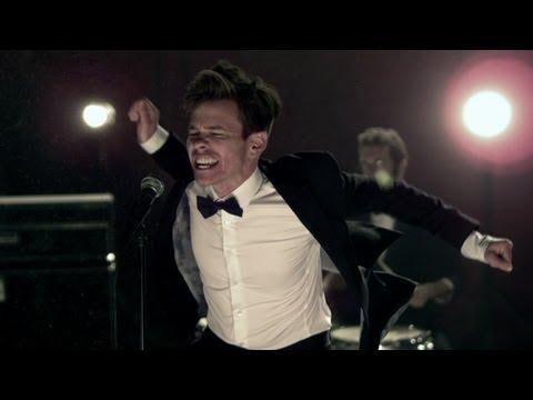 Fun. - We Are Young ft. Janelle Monáe [OFFICIAL VIDEO]